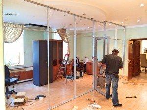 Монтаж тонированных офисных перегородок в ТЭЦ Крым